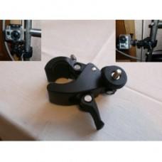 Крепление с поворотной секцией на трубы разного диаметра