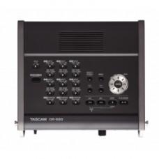 Портативный рекордер Tascam DR-680