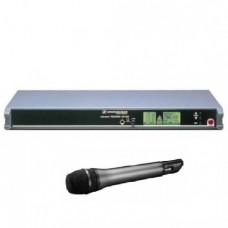 Комплект радиомикрофона Sennheiser SKM 3072-U и рэкового приемника Sennheiser EM 3031