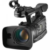 Камера Canon XF305